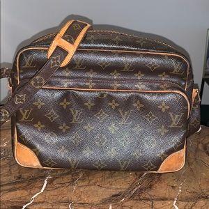 Louis Vuitton cross body purse
